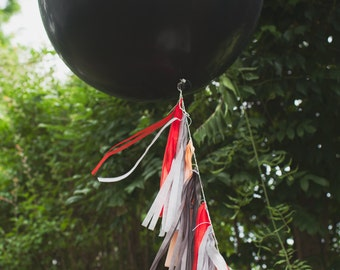 Balloon Tassels: Midnight