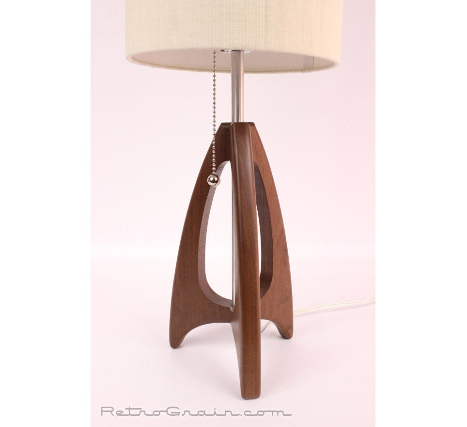 Tripod table lamp mid century style danish modern zoom mozeypictures Gallery