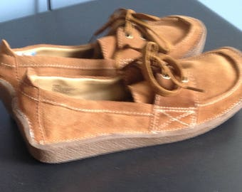 REDUCED! Women's Lei Brown suede tie oxford shoes size 9 1/2