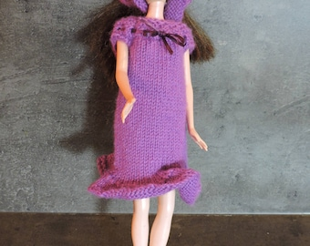 Dress purple with small head scarf