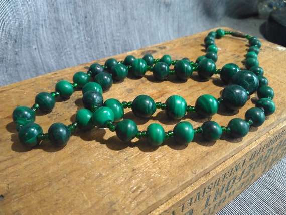 Vintage estate old pawn green Malachite bead necklace