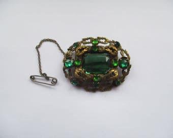 Vintage Gold Tone, Czech, Filligree Brooch with Green Glass Rhinestones, Filligree Czech Pin, Green Rhinestone Brooch, Czechoslovakian