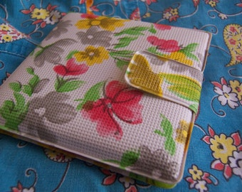 little vinyl flowers sewing kit from ricracandbuttons on