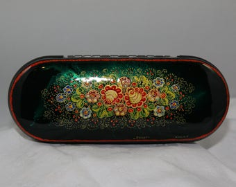 Petrykovka Hand-Painted Lacquer Eye Glass Case.