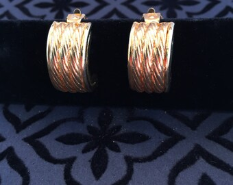 Wide Gold-tone Three Rope Design Clip-on Earrings, 1980's, Classic Style Earrings, Hoop Earrings, Accessory, Birthday Gift, Christmas Gift