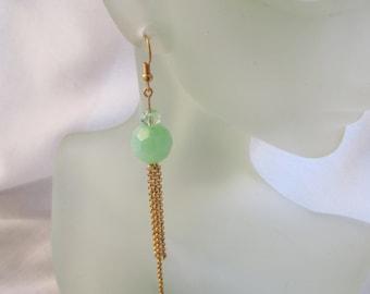 Green and Golden Dangles ./. Applegreen Earrings ./. Pendants d'Oreilles Verts ./. Made in Sweden ./. Green Bead Dangle ./. Greenery