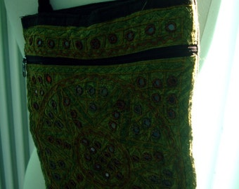 Vintage beaded purse with sequins
