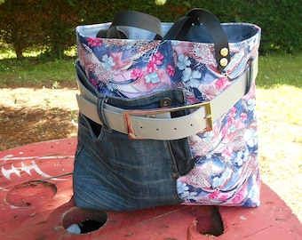 upcycled denim bag / / canvas tote bag thick multi pockets/woman bag / fashion bag / hip bag