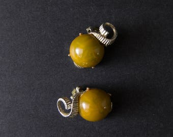 vintage bakelite earrings
