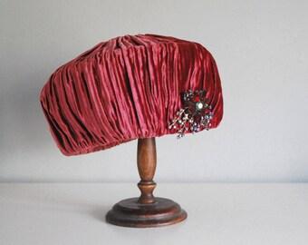 1960s Pillbox Hat, Mr. John Boutique Hat, Raspberry Red Velvet Hat, Vintage Rhinestone Brooch, Mid Century Fashion, Brimless Formal Hat