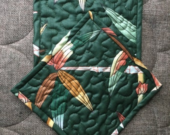 READY TO SHIP , Pot holders,Quilted Pot holders, Fabric Pot holders, Contemporary Potholders , 8 x 8 inch