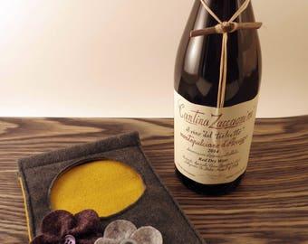 Wool Felt Wine Holder, Wine Gift Bag, Wine Carrier, Reusable Wine Tote, Wine Bottle Sleeve, Hostess Gift, Decorative Wine Display