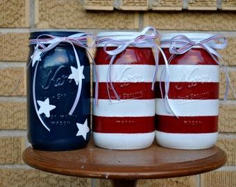 Shiny Vintage-Inspired American Flag Mason Jar Set// Country Picnic Vases// USA Pride Housewares