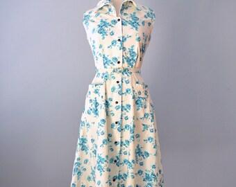 Vintage 1950s Day Dress...Vintage Cotton Floral Day Dress  26 Inch Waist