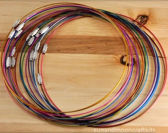 "50 Coated Memory Wire ~ Mixed Colors ~ 18"" 1mm Black Choker~Lead Free~Stainless Steel Wire Necklace Cord Collar Choker Screw Clasp"