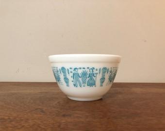 Pyrex Butterprint Turquoise & White Mixing Bowl #401, 1.5 pt.