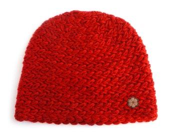 Bonnet rouge, grosse maille 100% alpaga de teinte naturelle, fait main