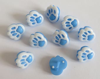 White and blue animal print button