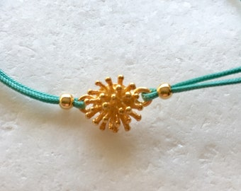 Sea urchin macrame bracelet, sea urchin, gift, sea urchin charm, gold sea urchin charm, gift for her, summer bracelet, sea urchin bracelet