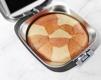 Highlighter Pressed Compact With Mirror Lexi Noel Beauty