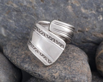 Silverware Handle Ring (Spoon Ring) Size 4 SR166