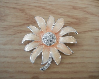 Vintage DANECRAFT Sunflower Rhinestone Peach Color w/ sparkles Brooch
