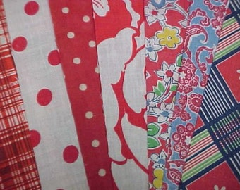 "BEST 20 Vintage ALL RED Feedsack Fabric Quilt 5 x 8"" Flour Sack Charm Pieces"