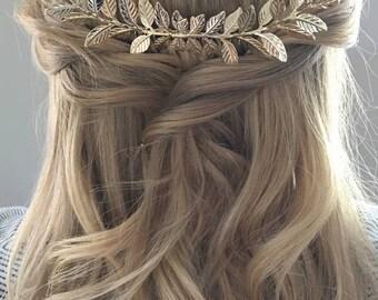 Gold Leaf Hair Piece.Gold Branch Hair Comb.Gold Leaf headpiece.Leaf fascinator.Gold Leaf hair accessory.Bridal Hair Vine.Grecian hair comb