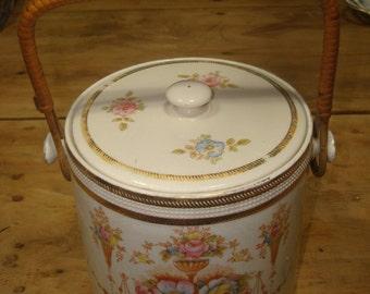 Beautiful Antique Biscuit /  Cookie Jar - Crown Devon Fielding   Stoke-On-Trent