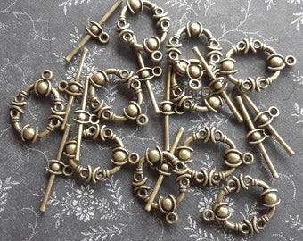 10 Bronze Toggle Clasps - 22mm x 17mm Ornate Moon Toggle Clasps - Findings Bronze Clasps DESTASH CLEARANCE