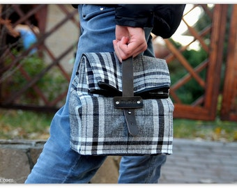Black Plaid Lunch Bag/ Plaid Lunch Tote for Men and Women / Insulated Lunch Bag / Gift for him / Travel tote / FREE PERSONALIZATION