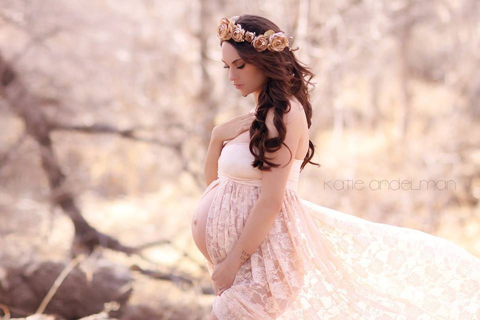 Jennifer Gown Lace Maternity Gown Sweetheart Style