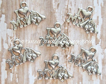 10 pewter I Heart My Dog charms (CM94)