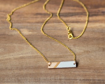 """Necklace Chain """"strips"""" in mint-gold of dearest sister"""