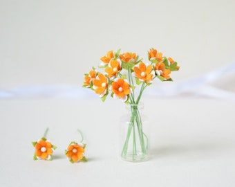 15  mm /  10  Orange White   Paper  Flowers