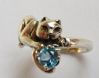 Sterling Silver Crouching Cat Holding Tail Ring with 6mm Round Faceted Blue Topaz Gemstone Birthstone