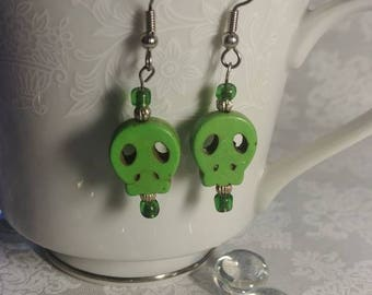 Green Skull Earrings, Day of the Dead Earrings, Sugar Skull Earrings, Boho Jewelry, Gothic Jewelry, Green Earrings, Gifts For Her, Halloween