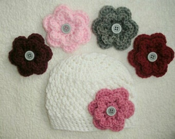 Crochet baby hat with interchangable flowers, crochet baby beanie, baby gift, baby girl gift, newborn photo prop, hat with flowers, hospital
