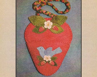 Strawberry Needle Minder Kit with Pattern