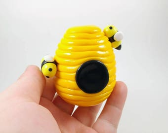 Bumble Bee Hive - Beekeeper Gift - Bee Decor - Easter Decoration - Mothers day