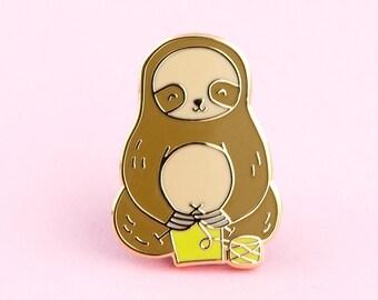 Sloth Knitting Pin   yarn pin, sloth lapel pin, knitting pin, yarn lapel pin, sloth enamel pin