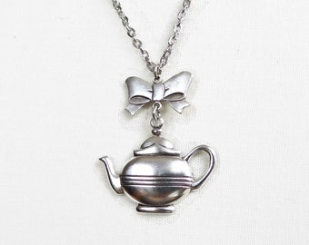 Maxine -Teapot and Bow Necklace - Tea Party - Alice in Wonderland
