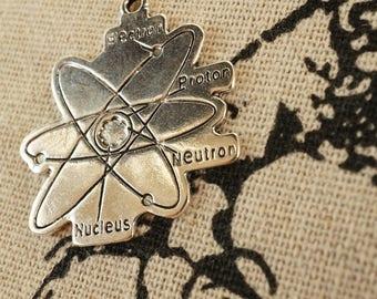 Atom 2 silver  pendant charm jewellery supplies C290