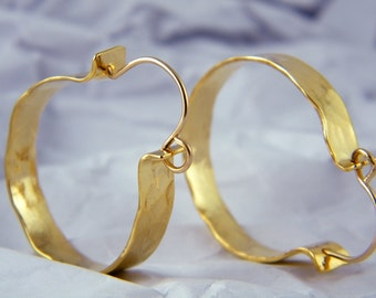 Gold hoop earrings Gold circle earrings hammered earrings