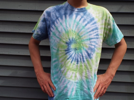63d047ef36f creationsbymaris - Plus Size Tie Dye Shirt Big and Tall