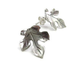 silver stud earrings - leaf earrings - silver leaf studs - everyday earrings - mulberry jewelry - bridesmaid gift - nature wedding