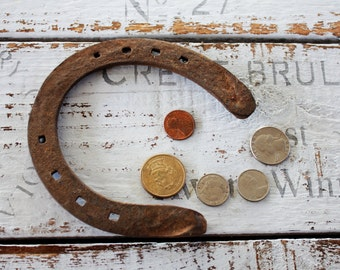 The Argentine pampas,Good Amulet wedding blessings, Rustic Home Decor, good luck horseshoe Vintage horseshoe, worn and rusty horse shoe,
