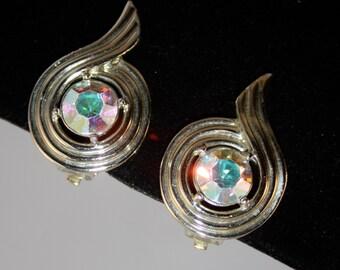 Vintage Earrings Sarah Coventry Aurora Swirl 7874