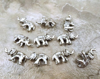 10 Pewter Elephant Beads - 5399