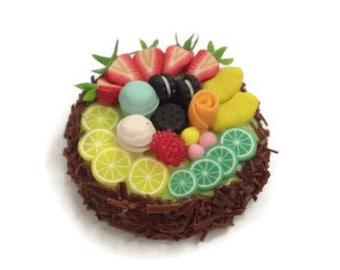 Miniature Cake 1:12 - Series 1 - 027